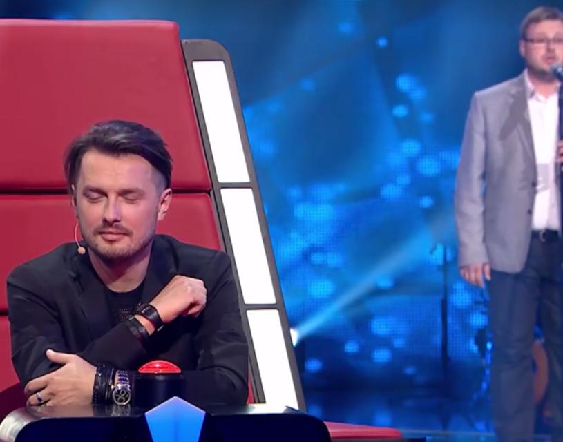 """Poniżej możecie przedpremierowo zobaczyć fragment występu Michała Steciaka w """"The Voice of Poland""""."""