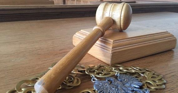 Naczelny Sąd Administracyjny wstrzymał wykonanie uchwały KRS, dotyczącej powołania do Izby Karnej Sądu Najwyższego sędziego Wojciecha Sycha. NSA uznał wczoraj dwa wnioski o zabezpieczenie, złożone przez kandydatów odrzuconych przez KRS w związku z zamiarem odwołania się od uchwały. Zabezpieczenie zarządzone przez NSA, dotyczące powołania sędziego Sądu Najwyższego, nie blokuje jednak mianowania sędziego wskazanego przez KRS.