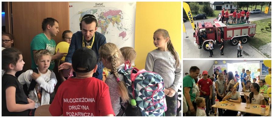 Na ten dzień z niecierpliwością czekali nie tylko strażacy z Ochotniczej Straży Pożarnej w małopolskiej Bogdanówce, ale przede wszystkim dzieci i młodzież z całej okolicy. W niewielkiej miejscowości niedaleko Tokarni w Małopolsce oddaliśmy dziś w ramach naszej akcji charytatywnej trzy pięknie wyremontowane i w pełni wyposażone sale szkoleniowo-edukacyjne. To finał Lepszego Jutra z RMF FM!