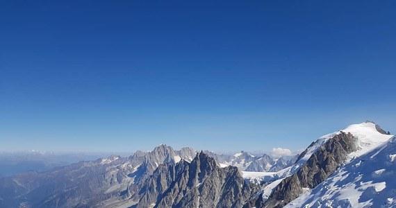 Prokuratura zamierza przesłuchać wszystkich uczestników feralnej, czerwcowej wyprawy na Mont Blanc podczas której zginęła 40-letnia Polka. Przypomnijmy, reporterzy RMF FM ujawnili bulwersujące szczegóły czerwcowej wyprawy. Nasi dziennikarze pokazali również luki w prawie, które pozwalają działać w branży turystycznej osobom niemającym odpowiednich uprawnień.