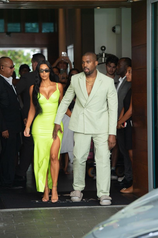 """Kanye West był muzycznym gościem pierwszego odcinka 44. sezonu """"Saturday Night Live"""". Końcówka jego udziału w programie odbiła się szerokim echem w sieci."""