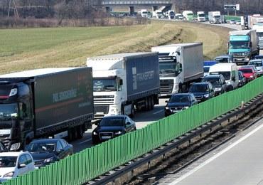 Polskie ciężarówki utkną w korkach? Jutro przymusowe postoje przed wjazdem do Niemiec
