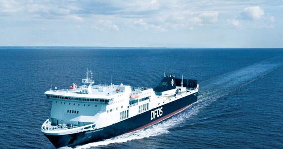 Prom Regina Seaways miał problemy na Bałtyku, na rosyjskich wodach, 135 kilometrów od Kaliningradu. Początkowo litewskie media informowały, że na jednostce wybuchł pożar. Według agencji Ria Novosti ogień został szybko stłumiony. Z kolei duńska firma DFDS, właściciel tej jednostki, twierdził, że nie było ognia, a jedynie dym spowodowany usterką. Prom samodzielnie dopłynął do Kłajpedy. Towarzyszyły mu litewskie okręty wojenne.