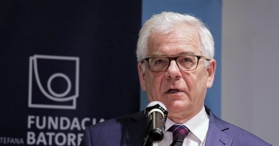 """""""Są państwa, które nie wykonały po kilka wyroków TSUE. Polska nie należy do tego grona. Jesteśmy liderem, jeżeli chodzi o przestrzeganie prawa w UE. Przedwcześnie jest twierdzić, że Polska nie wykona orzeczenia TSUE ws. reformy sądownictwa""""  - powiedział w piątek szef MSZ Jacek Czaputowicz."""