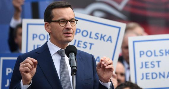 """Cały czas liczę na to, że Nord Stream 2 zostanie objęty amerykańskimi sankcjami. Rozmowy trwają - mówił w rozmowie z tygodnikiem """"Do Rzeczy"""" premier Mateusz Morawiecki. W jego ocenie do końca roku wszystko w tej sprawie może być """"jasne""""."""
