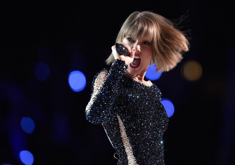 Taylor Swift rzadko zabiera głos w sprawach politycznych. Tym razem postanowiła złamać swoje postanowienia i poparła kandydatów Partii Demokratycznej w nadchodzących wyborach do Kongresu. Stanowisko wokalistki nie umknęło przedstawicielom Partii Republikańskiej.