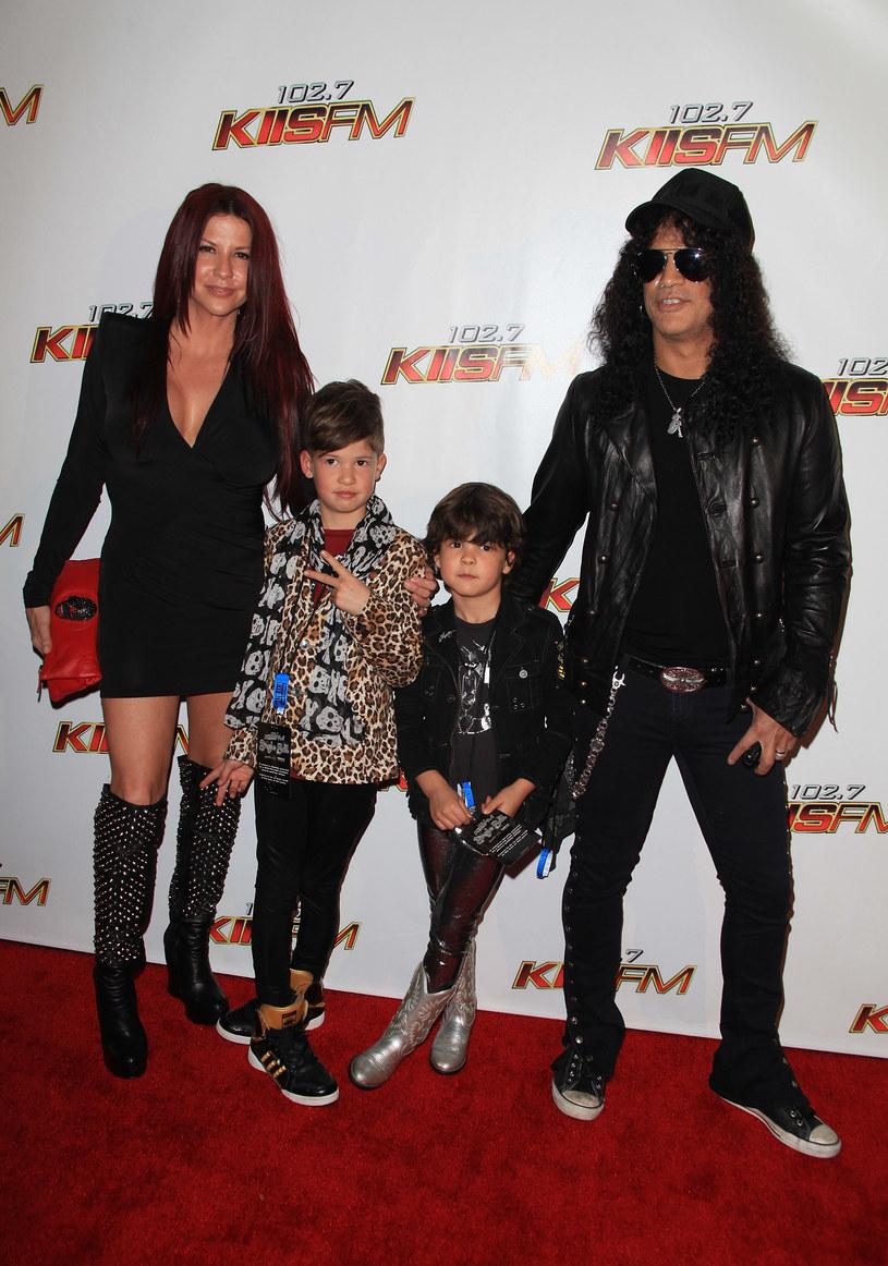 16 października przed grupą Slash Ft. Myles Kennedy & The Conspirators w Hollywood Palladium zagra zespół Classless Act. Perkusistą tej formacji jest 16-letni syn Slasha - London Hudson.