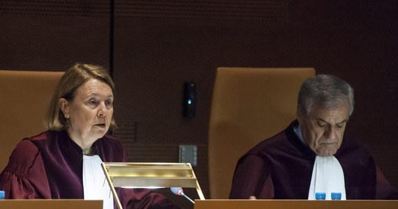 Nowym wiceprezesem Trybunału Sprawiedliwości UE, który zajmie się ustawą o SN została sędzia hiszpańska Rosario Silva de Lapuerta. Zastąpiła kontrowersyjnego dla polskiego rządu włoskiego sędziego TSUE Antonio Tizzano, który podczas rozprawy w kwestii Puszczy Białowieskiej doradzał KE, żeby wnioskowała o kary finansowe dla Polski.