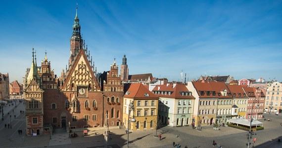 Zapytaliśmy wrocławian o największe problemy miasta. Z ich wypowiedzi wybraliśmy 5 najczęściej powtarzających się kwestii. Czy kandydaci na prezydenta Wrocławia wiedzą, jak rozwiązać największe bolączki miasta?