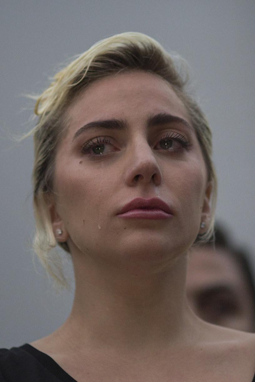 Lady Gaga we współpracy z lekarzem Światowej Organizacji Zdrowia Tedrosem Adhanomem napisała specjalny artykuł dotyczących problemów psychicznych, depresji oraz samobójstw na świecie.