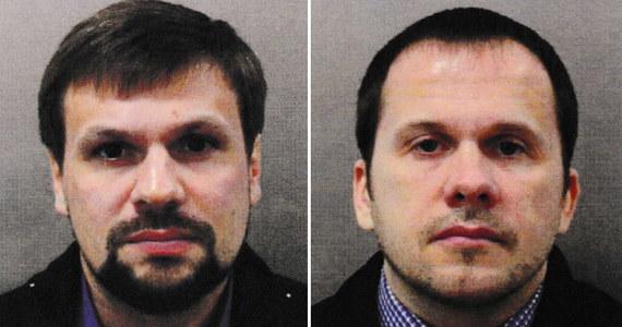 Podejrzani o atak na byłego agenta GRU Siergieja Skripala odwiedzili Czechy w 2014 roku, dokładnie wtedy, gdy do kraju miał przylecieć Siergiej Skripal - informuje czeskie radio Radiożurnal. Skripal miał pomagać czeskiemu kontrwywiadowi w zidentyfikowaniu rosyjskich szpiegów.