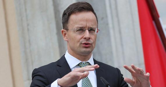 Minister spraw zagranicznych Węgier Peter Szijjarto oświadczył, że na Ukrainie trwa przy wsparciu państwa kampania nienawiści przeciw węgierskiej społeczności. Szef dyplomacji mówił o tym w Radiu Kossuth.