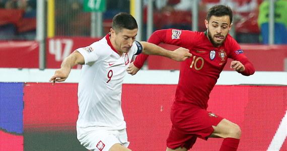 """""""Dziesięć lat temu, debiutując w reprezentacji, nie wyobrażałem sobie, że coś takiego może się zdarzyć"""" - przyznał Robert Lewandowski, którym w czwartkowym meczu z Portugalią (2:3) w piłkarskiej Lidze Narodów po raz setny wystąpił w drużynie narodowej."""