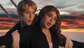 """Charli XCX i Troye Sivan z teledyskiem do """"1999"""""""