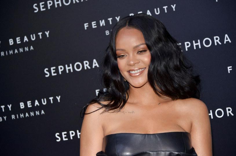 Tygodnie mijają, a Rihanna, mimo coraz większej presji, wciąż nie zaprezentowała chociażby małego fragmentu nowego albumu.