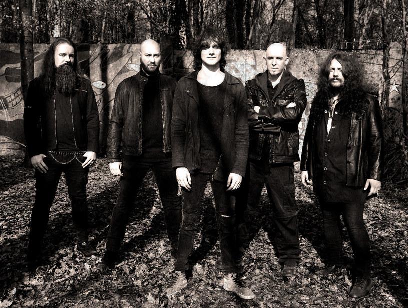 Niemiecka grupa Sinbreed spod znaku power metalu ujawniła szczegóły premiery nowego longplaya.