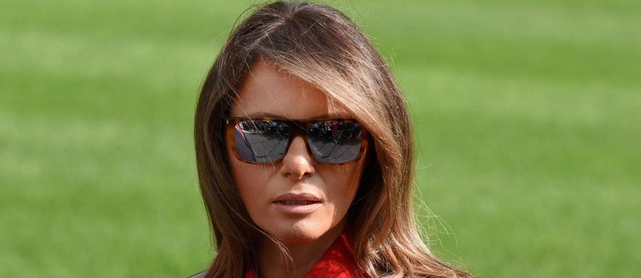 Pierwsza dama Melania Trump oświadczyła w wywiadzie dla telewizji ABC, że pojawiające się pogłoski o nieporozumieniach, lub wręcz kryzysie, w jej małżeństwie z Donaldem Trumpem, spowodowane zarzucanymi mu romansami, nie odpowiadają prawdzie.
