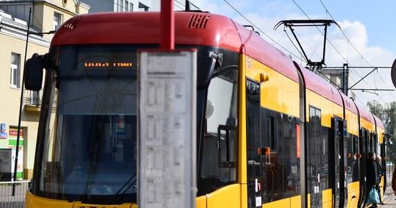 8 osób zostało rannych w zderzeniu 2 tramwajów na skrzyżowaniu ulicy Bratysławskiej z ulicą Wróblewskiego w Łodzi.