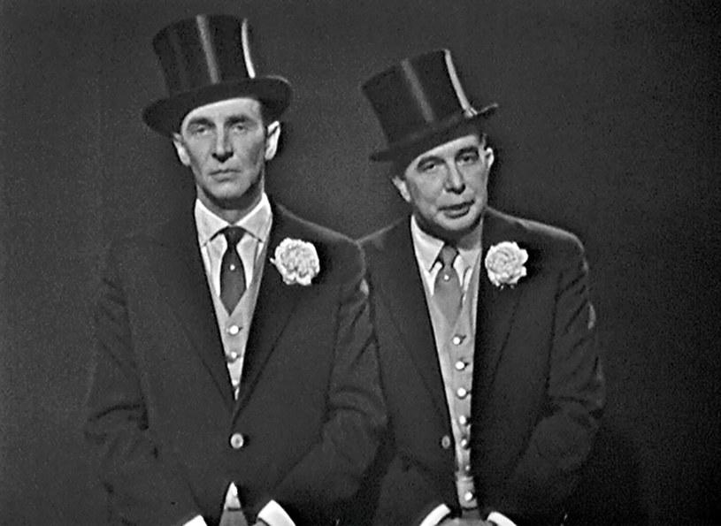 """16 października 1958 r. po raz pierwszy ukazał się  na antenie TVP program Kabaretu Starszych Panów. Pierwszy odcinek nosił tytuł """"Wieczór I - Popołudnie Starszych Panów""""."""