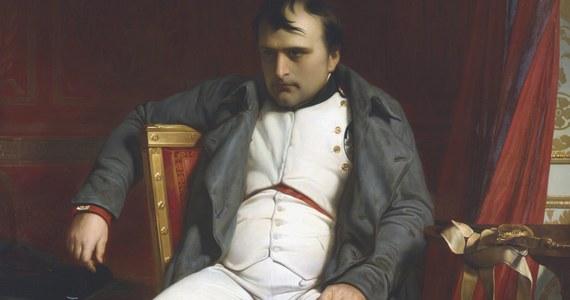 Niezwykle skomplikowane przedsięwzięcie we Francji. Zabytkowy statek cesarza Napoleona przetransportowano drogą lądowa z Paryża do portu w Bretanii, gdzie poddany zostanie renowacji.