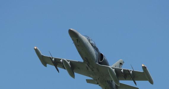 Szkoleniowy samolot L-39 ministerstwa obrony Federacji Rosyjskiej spadł do Morza Azowskiego. Trwają poszukiwania pilotów.