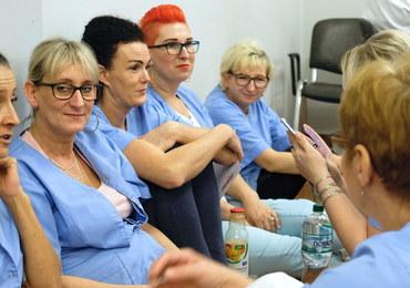 Szpital w Rybniku: Jest częściowe porozumienie, ale nie kończy protestu
