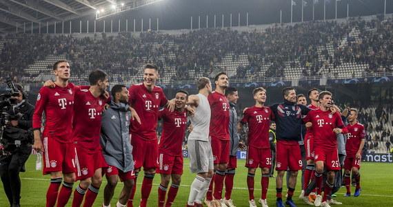 Juventus Turyn, z Wojciechem Szczęsnym w bramce, pokonał na wyjeździe Manchester United 1:0 we wtorkowym szlagierze 3. kolejki piłkarskiej Ligi Mistrzów. W spotkaniu AEK Ateny - Bayern Monachium (0:2) jednego z goli dla gości strzelił Robert Lewandowski.