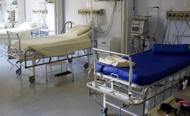 W ciągu roku udar mózgu dotyka w Polsce 80 tys. osób i powoduje około 30 tys. zgonów. Jest też główną przyczyną trwałej niepełnosprawności dorosłych.