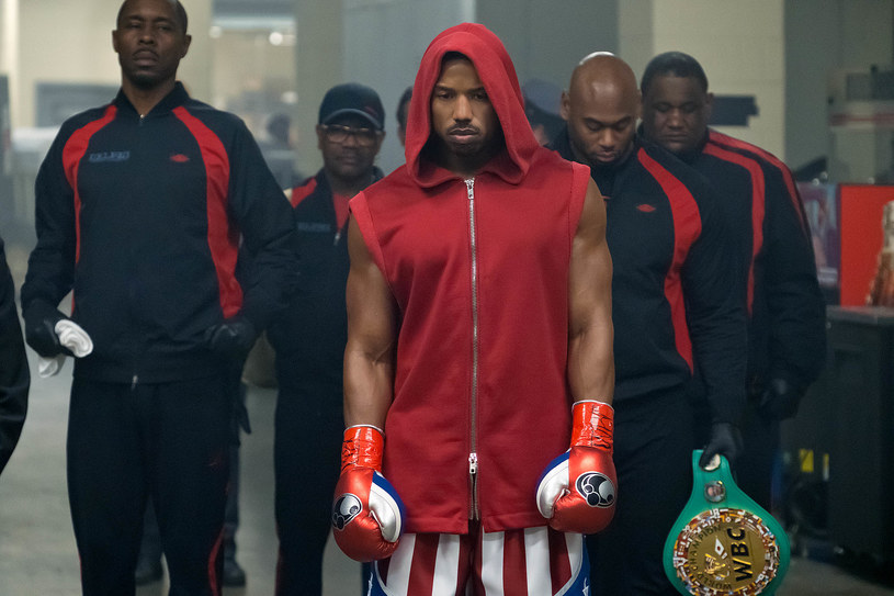 """Michael B. Jordan, gwiazda filmów """"Creed"""" i """"Creed II"""" (który na ekranach pojawi się 23 listopada), to obecnie jedno z najgorętszych nazwisk w Hollywood"""