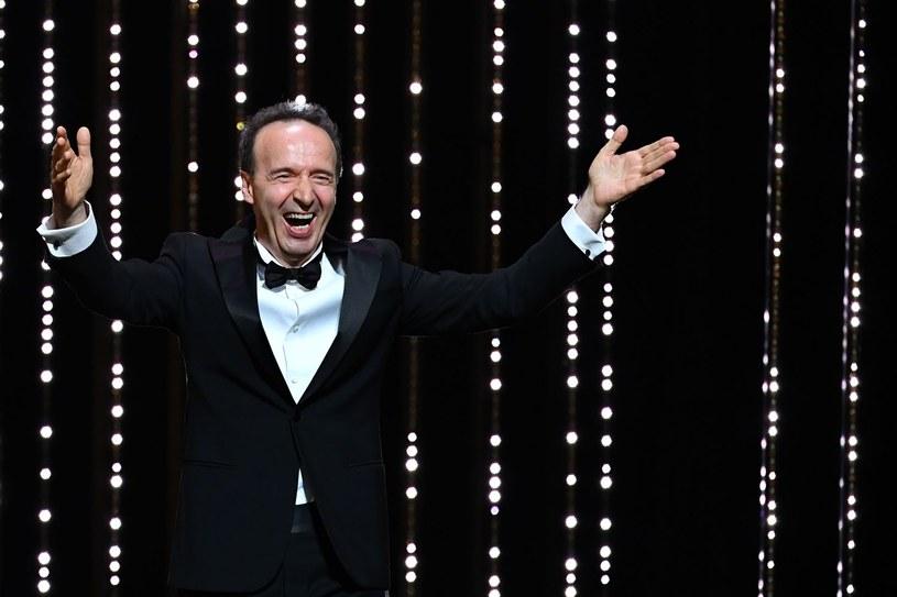 """Laureat Oscara, popularny na świecie włoski aktor Robert Benigni, zagra ponownie w kolejnej ekranizacji """"Pinokia"""". Podczas gdy w wyreżyserowanym przez siebie filmie 16 lat temu grał tytułowego bohatera bajki Collodiego, teraz wcieli się w postać Dżeppetta."""