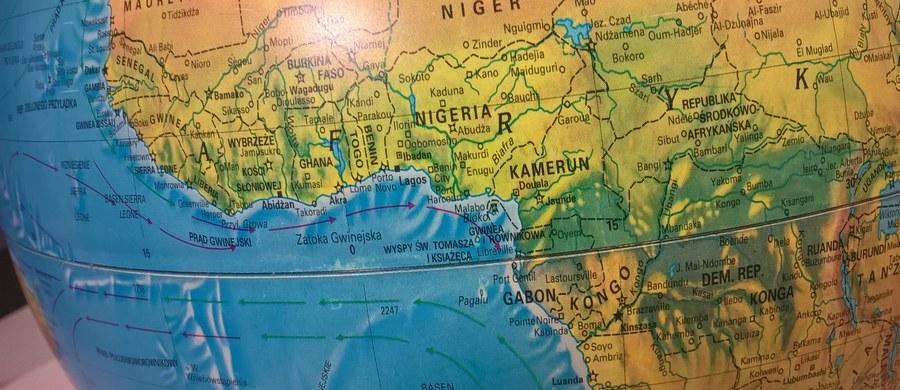 W Zatoce Gwinejskiej, na której wodach u wybrzeży Nigerii uprowadzono w sobotę z pokładu kontenerowca Pomerenia Sky 11 członków załogi, w tym ośmiu Polaków, zagrożenie piractwem jest obecnie większe niż gdziekolwiek indziej - wynika z oficjalnych statystyk.