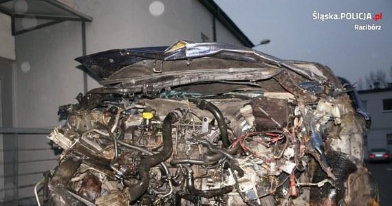 Do tragicznego w skutkach wypadku doszło w sobotę około godz. 12:30 na ulicy Odrodzenia w Markowicach pod Raciborzem w woj. śląskim. Sprawca był pijany. W wyniku zderzenie dwóch aut zginęło jadące jednym z nich małżeństwo.