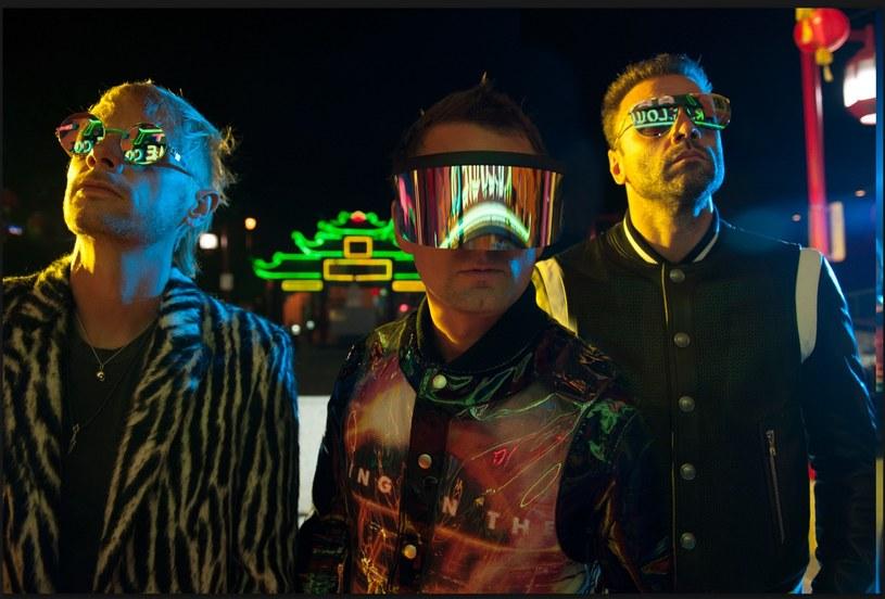 """Zespół Muse wraca do Polski. Grupa, która 9 listopada wyda nowy album """"Simulation Theory"""", wystąpi 22 czerwca 2019 roku w krakowskiej Tauron Arenie."""