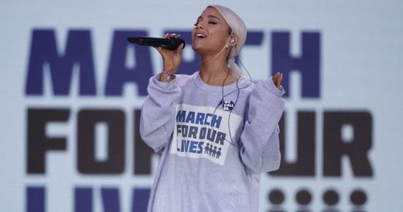 """Ariana Grande wybrana Kobietą Roku 2018 magazynu """"Billboard"""". Doceniono ją za bronienie siebie, swoich decyzji oraz bycie gwiazdą na własnych warunkach."""