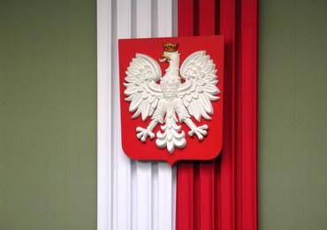 """""""Rzeczpospolita"""": Eksperci obawiają się o nowe godło"""