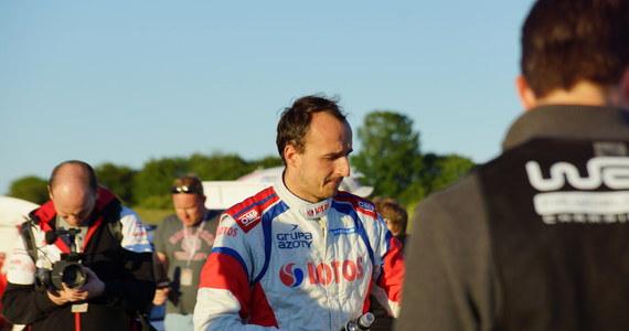 Robert Kubica zaprzeczył piątkowym informacjom portalu autosport.com według których miał otrzymać ofertę od Williamsa na start w kolejnym sezonie F1.  Sportowiec w rozmowie z Eleven Sports przyznał jednak, że ma sporo propozycji dotyczących jego przyszłości.
