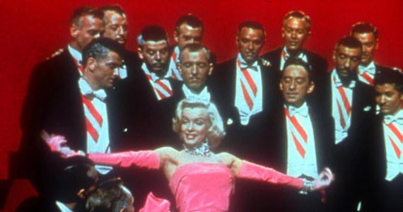 Modlitewnik Marilyn Monroe trafi na aukcję. Gwiazda przeszła na judaizm w 1956 roku, wychodząc za mąż za Arthura Millera. Wtedy też otrzymała Sidur, z którego korzystała aż do śmierci w 1962 roku.