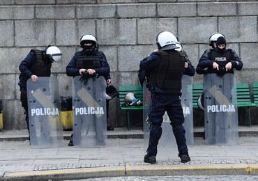 Ponad 100 zatrzymań przed marszem w Warszawie: Tak służby szykowały się do 11 listopada