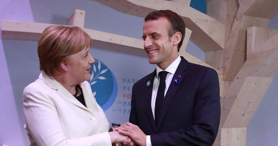 """Przywódcy Francji i Niemiec potępili jako """"bezprawne"""" głosowanie zorganizowane na wschodzie Ukrainy przez prorosyjskich separatystów. """"Te tak zwane wybory podważają integralność i suwerenność Ukrainy"""" - oświadczyli w niedzielę Emmanuel Macron i Angela Merkel."""