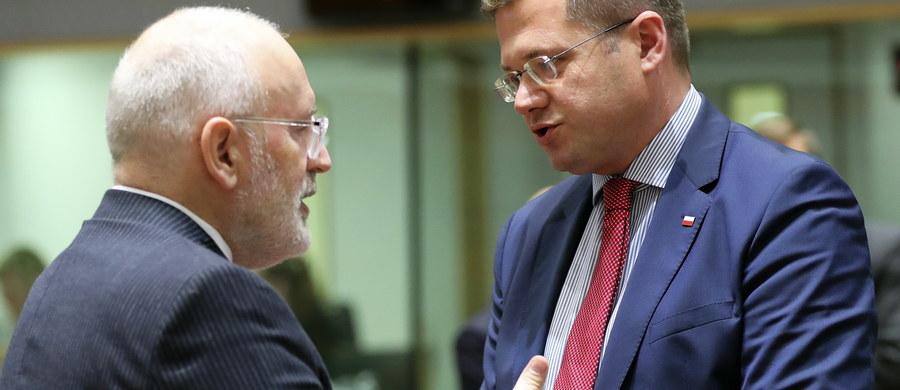 Zaledwie 15 minut zajęło unijnym ministrom ds. europejskich omówienie kwestii praworządności w Polsce. Poza wystąpieniem wiceszefa KE Fransa Timmermansa głos zabrał jedynie przedstawiciel Polski.