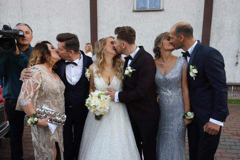 Syn króla disco polo Zenka Martyniuka Daniel Martyniuk wraz z żoną Eweliną w podróż poślubną wybrał się do Barcelony.