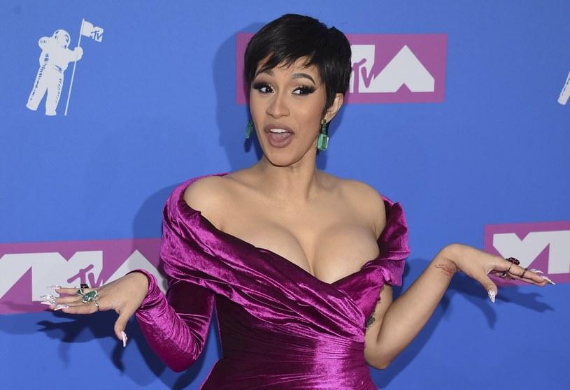 Serwis Netflix zapowiedział stworzenie autorskiego talent show dotyczącego hip hopu. Jego premiera zaplanowana została na 2019 rok.