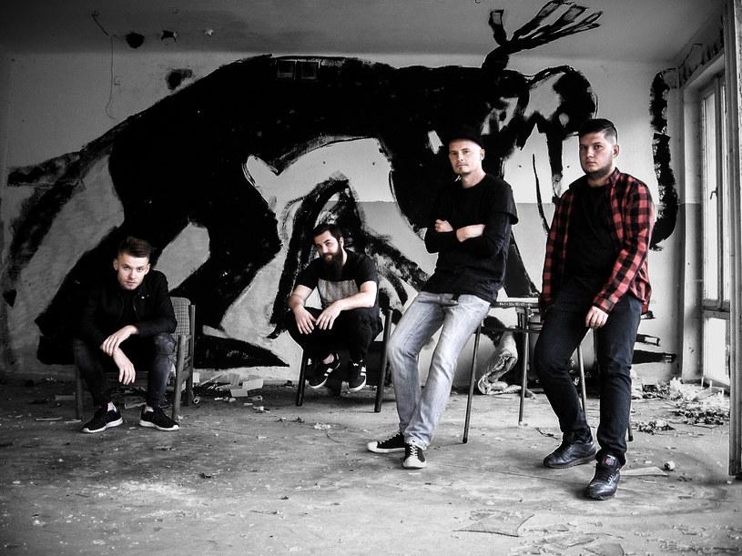 """Na początku 2019 r. debiutancki album wyda rockowa grupa TRT. Zapowiedzią tego materiału jest teledysk do utworu """"Battlefield""""."""