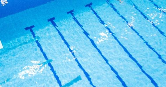 16-letni chłopak walczy o życie w szpitalu po tym jak niemal utopił się na basenie olimpijskim Floating Arena w Szczecinie. Do wypadku doszło 11 dni temu, ale stan nastolatka lekarze nadal określają jako zagrażający życiu.