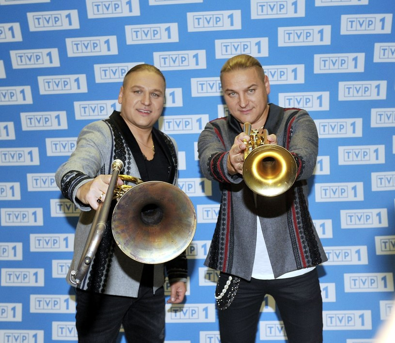 """To jedna z najbardziej zaskakujących kooperacji w polskim hip hopie w tym roku. Bedoes do utworu """"Janosik"""" zaprosił gwiazdy polskiej estrady, czyli braci Golec."""