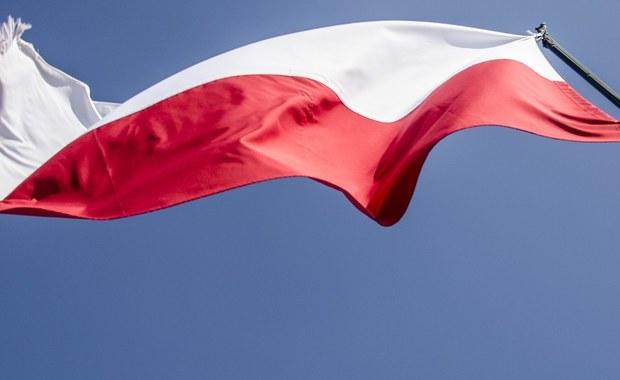 W setną rocznicę odzyskania niepodległości przez Polskę warto pamiętać o rodakach, którzy musieli emigrować z przyczyn ekonomicznych lub politycznych, a którzy po wielu latach zdecydowali się na powrót. Zwłaszcza, że ich losy, często zawiłe, są nadzwyczaj ciekawe.