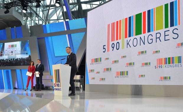 Blisko sześć tysięcy osób ma wziąć udział w trzeciej edycji Kongresu 590, która w czwartek rozpocznie się w Jasionce koło Rzeszowa. Zaplanowano wystąpienia prezydenta RP Andrzeja Dudy i premiera Mateusza Morawieckiego.