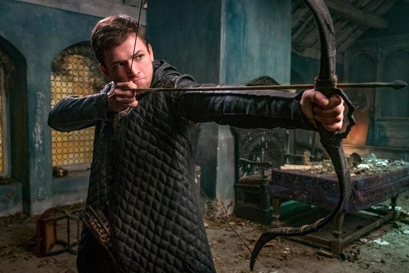 """Jeśli wydaje wam się, że przez lata obcowania z różnymi filmami i serialami, poznaliście legendarnego brytyjskiego banitę na wylot, po seansie """"Robin Hooda: Początku"""" zmienicie zdanie."""