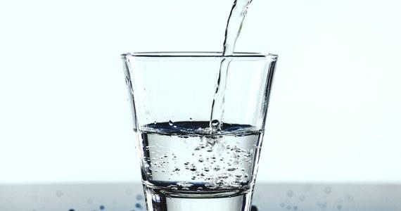 Uwaga mieszkańcy Warszawy. Dziś, w sobotę i w poniedziałek w sumie w 10 dzielnicach będą problemy z dostępem do wody. Powodem są remonty.