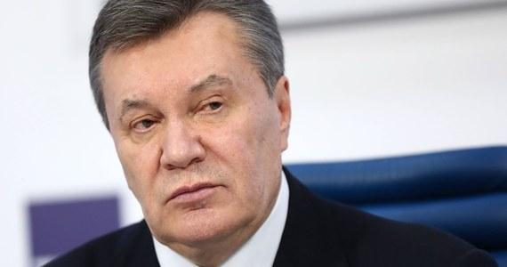 Były ukraiński prezydent Wiktor Janukowycz trafił do szpitala z urazem kręgosłupa i kolana. Jego stan ocenia się jako bardzo poważny.